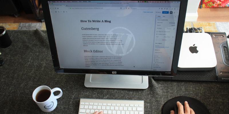 Écran ouvert affichant une page d'éditeur WordPress